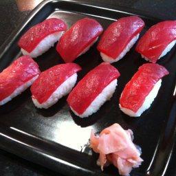 nigiri-sushi-tuna-3.jpg