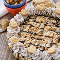No Bake Frozen Peanut Butter Cheesecake {nutter butter crust}