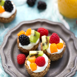 {No Bake} Healthy Breakfast Fruit Tarts
