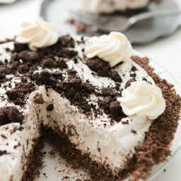 No Bake Oreo Pie with Chocolate Graham Cracker Crust