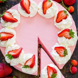 No Bake Strawberry Cheesecake (VIDEO)