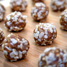No-Bake Vegan Peanut Butter Balls
