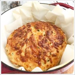No Knead Jalapeno Cheese Bread