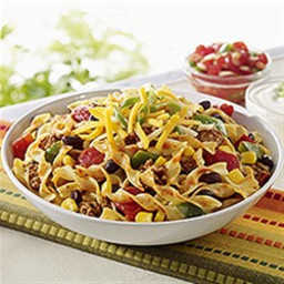 NO YOLKS® Skillet Salsa Chicken with Noodles