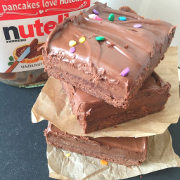Nutella Chocolate Caramel Shortbread {Millionaire's Bars}