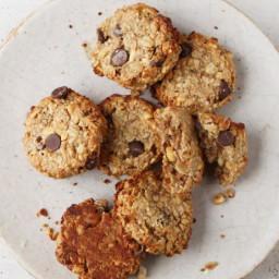 Oatmeal Chocolate-Chip Peanut-Butter Banana Breakfast Cookies