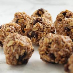 Oatmeal Cookie Energy Balls
