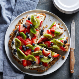 Oatmeal Cookie Fruit Pizza