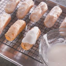 Old-Fashioned Doughnut Sticks