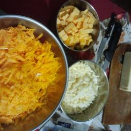 old-fashioned-macaroni-and-cheese-s-8.jpg