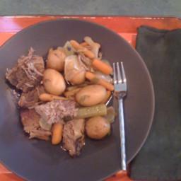 old-fashioned-pot-roast-in-a-crock--4.jpg