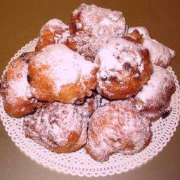 Oliebollen - Dutch Doughnuts
