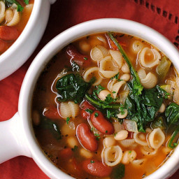Olive Garden Inspired Minestrone Soup