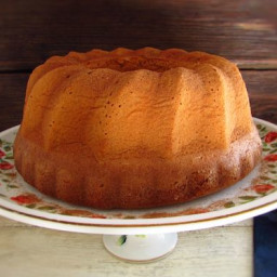Olive oil and cinnamon cake