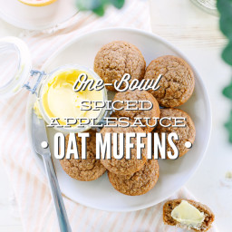One-Bowl Spiced Applesauce Oat Muffins