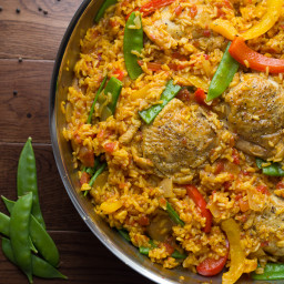 One Pan Saffron Chicken with Peas and Peppers