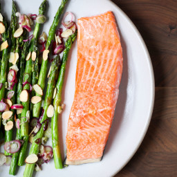 One-Pan Salmon and Asparagus With Spring Onions