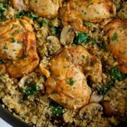 One-Pot Chicken, Quinoa, Mushrooms and Spinach Recipe