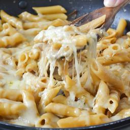 One-Pot Creamy French Onion Pasta