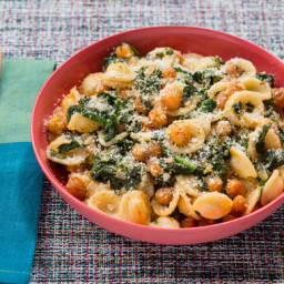 Orecchiette Pasta and Roasted Chickpeaswith Kale and Smoked Paprika