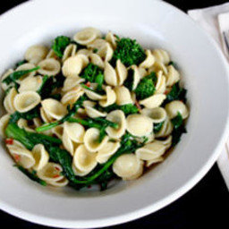 Orecchiette with Broccoli Rabe, Red Pepper Flakes, and Anchovies