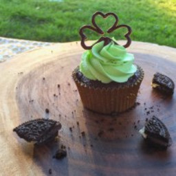 Oreo Mint Chocolate Cupcakes