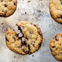 our-favorite-chocolate-chip-cookies-1501724.jpg