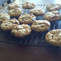 outrageous-chocolate-chip-cookies-2.jpg