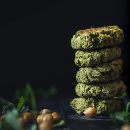 oven-baked-chickpea-and-zucchini-falafel-1876651.jpg