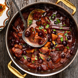 oven-braised-veal-stew-with-bl-e07af4-94f01842162bd14d10228bbe.jpg