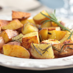 oven-roasted-red-potatoes-with-rose-10.jpg