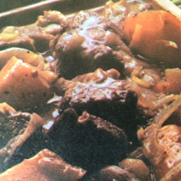 Oven Braised Beef with Burgandy