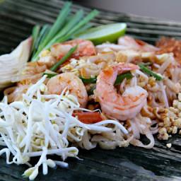 Pad Thai Recipe (ผัดไทย) - Part Five: Making Pad Thai