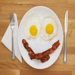 Paleo beef bacon and eggs