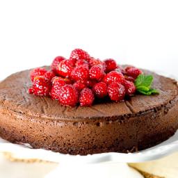 paleo-flourless-chocolate-cake-1501402.jpg