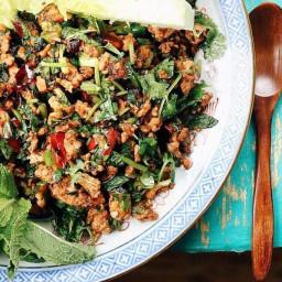 paleo-thai-minced-chicken-herbal-salad-2242827.jpg