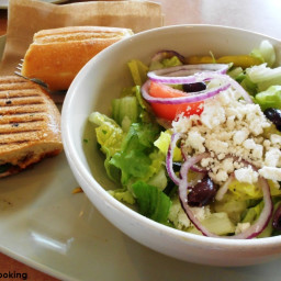 panera-greek-salad-0ee265.jpg