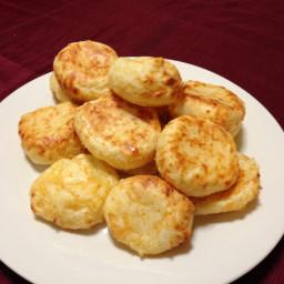 pao-de-queijo-brazilian-cheese-roll.jpg