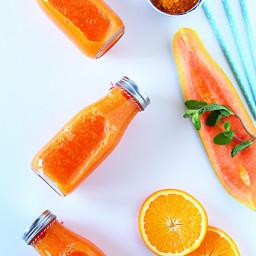 Papaya, Orange and Turmeric Smoothie
