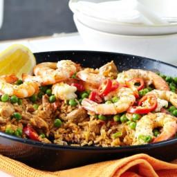 Paprika chicken and prawn paella
