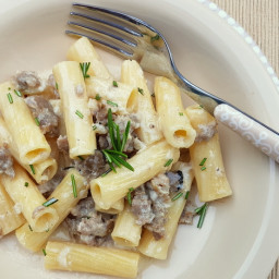 Pasta alla Norcina; sausage pasta recipe from Umbria – The Pasta Proj