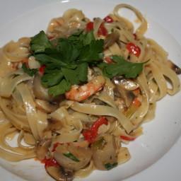 pasta-seafood-fettucine-3.jpg