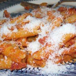 pasta-with-creamy-tomato-sauce-4.jpg