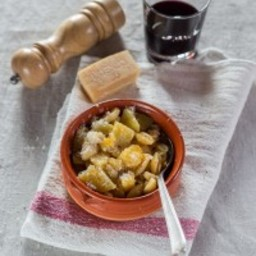 Pasta e patate - Pasta with potatoes, a dish from the South of Italy