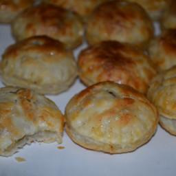 Pastelitos De Carne (Cuban Picadillo Filled Pastries)