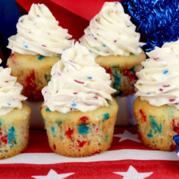 Patriotic Cupcakes with Ice Cream Buttercream Frosting