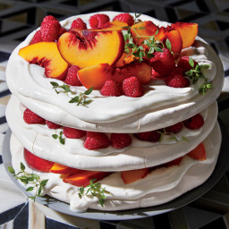 Pavlova Layer Cake With Raspberries and Peaches Is Just 158 Calories