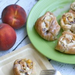 Peaches and Cream Morning Rolls