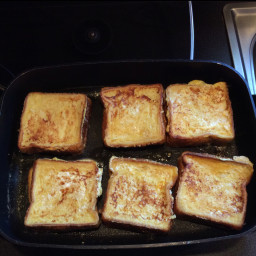 peanut-butter-stuffed-french-toast-2.jpg