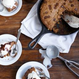 Peanut Butter Choc Chip Deep Dish Skillet Cookie (Low Fat)
